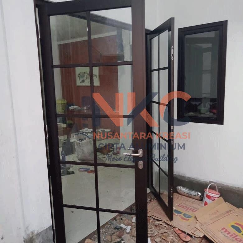 Pintu Aluminium Ruang Tamu